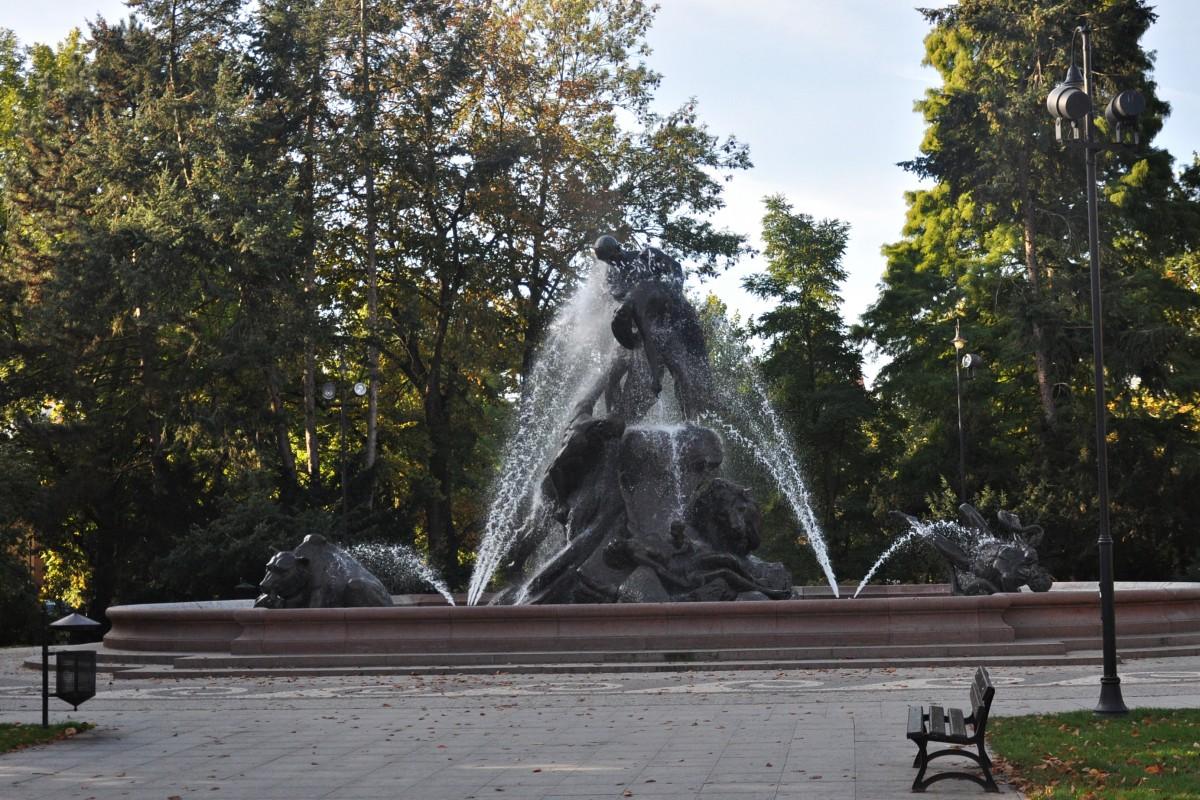 Fontanna Potop - ST (2)