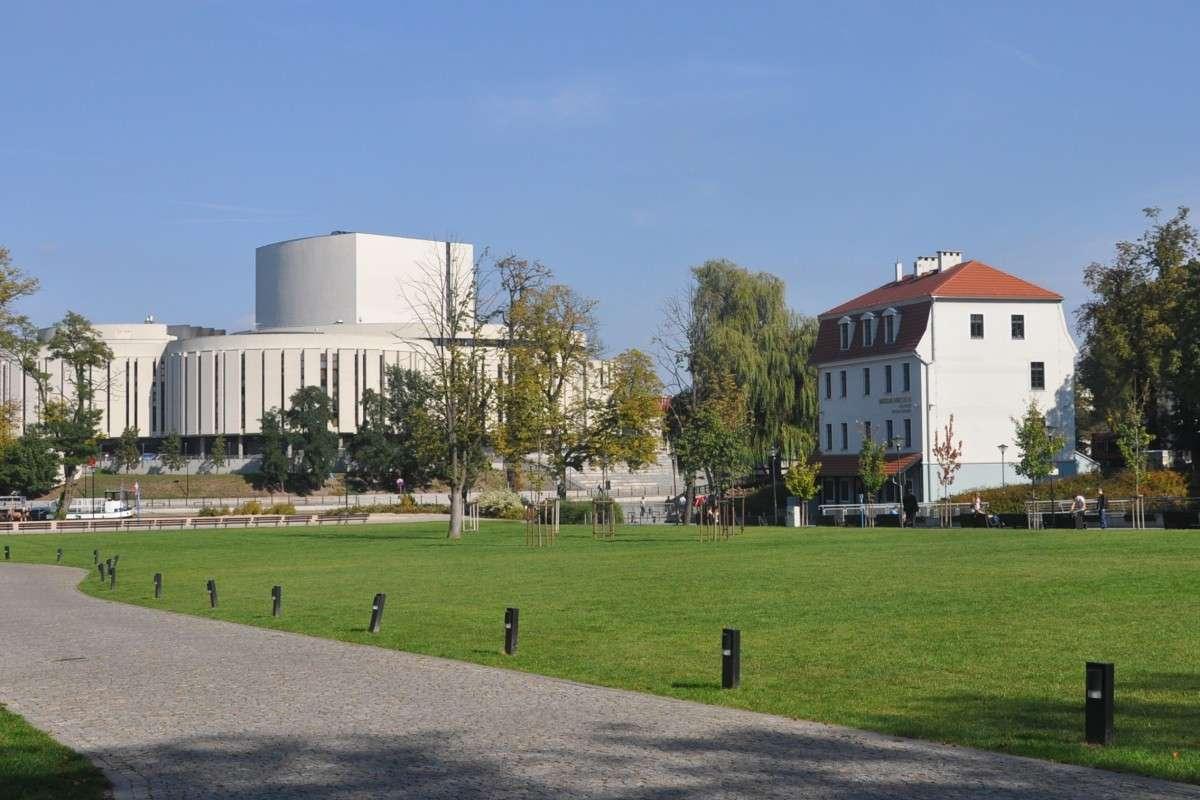Wyspa Młyńska, Opera Nova - ST (1)