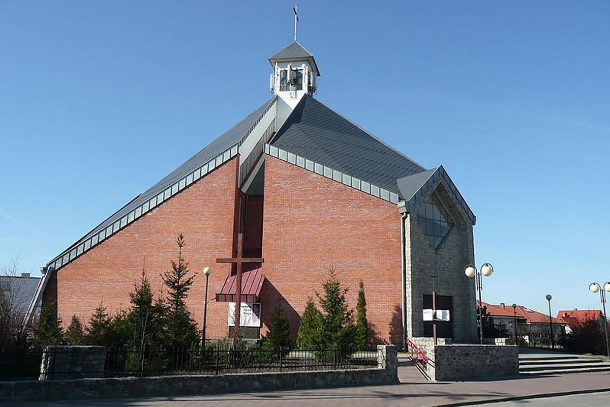 Białe Błota kościół