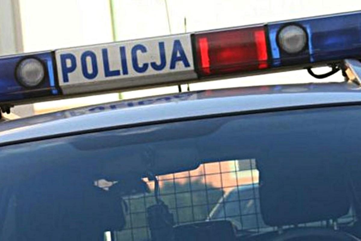 policja_samochod_001
