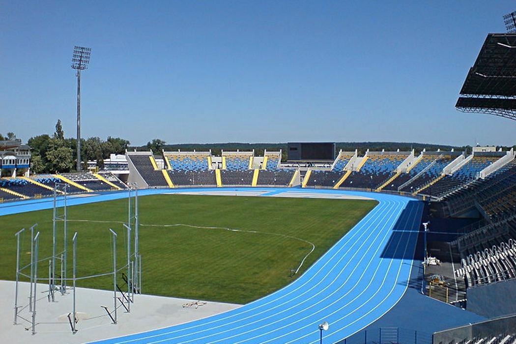 800px-Stadion_Zawiszy_Bydgoszcz_widok_ogolny
