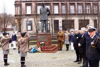 leon_barciszewski_pomnik