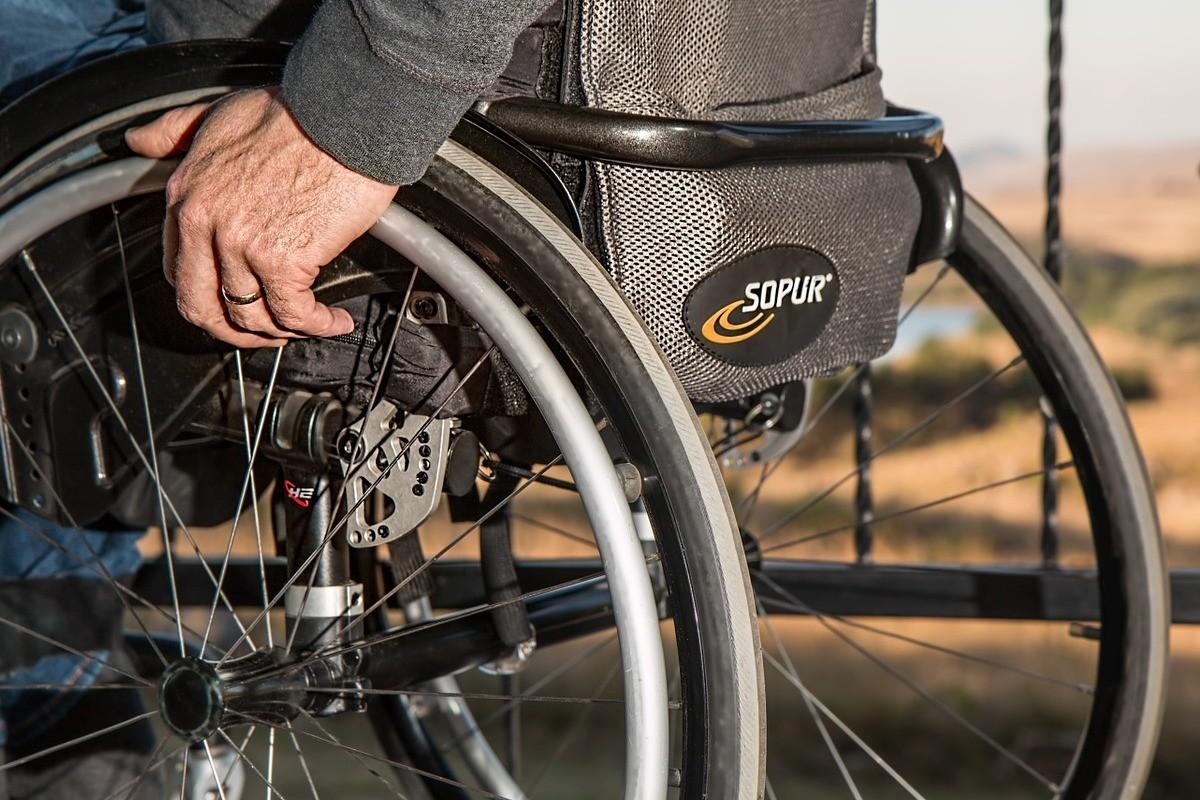 niepełnosprawny_wózek