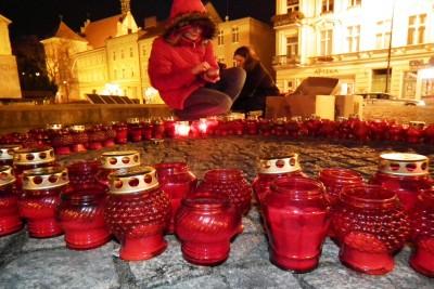 Swiatowy Dzień AIDS - Akcja Czerwona Kokardka