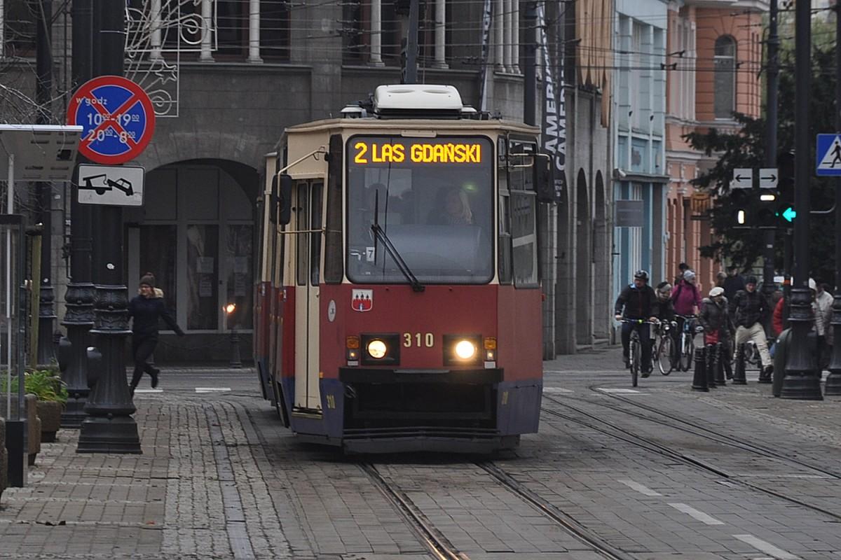 Tramwaj 2, Las Gdański, Gdańska - ST
