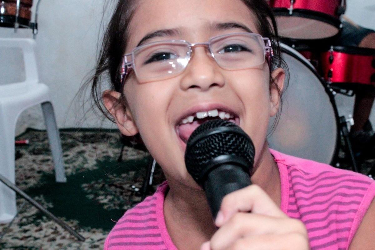 dziecko-śpiew