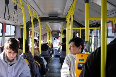 Wnętrze autobusu - LG