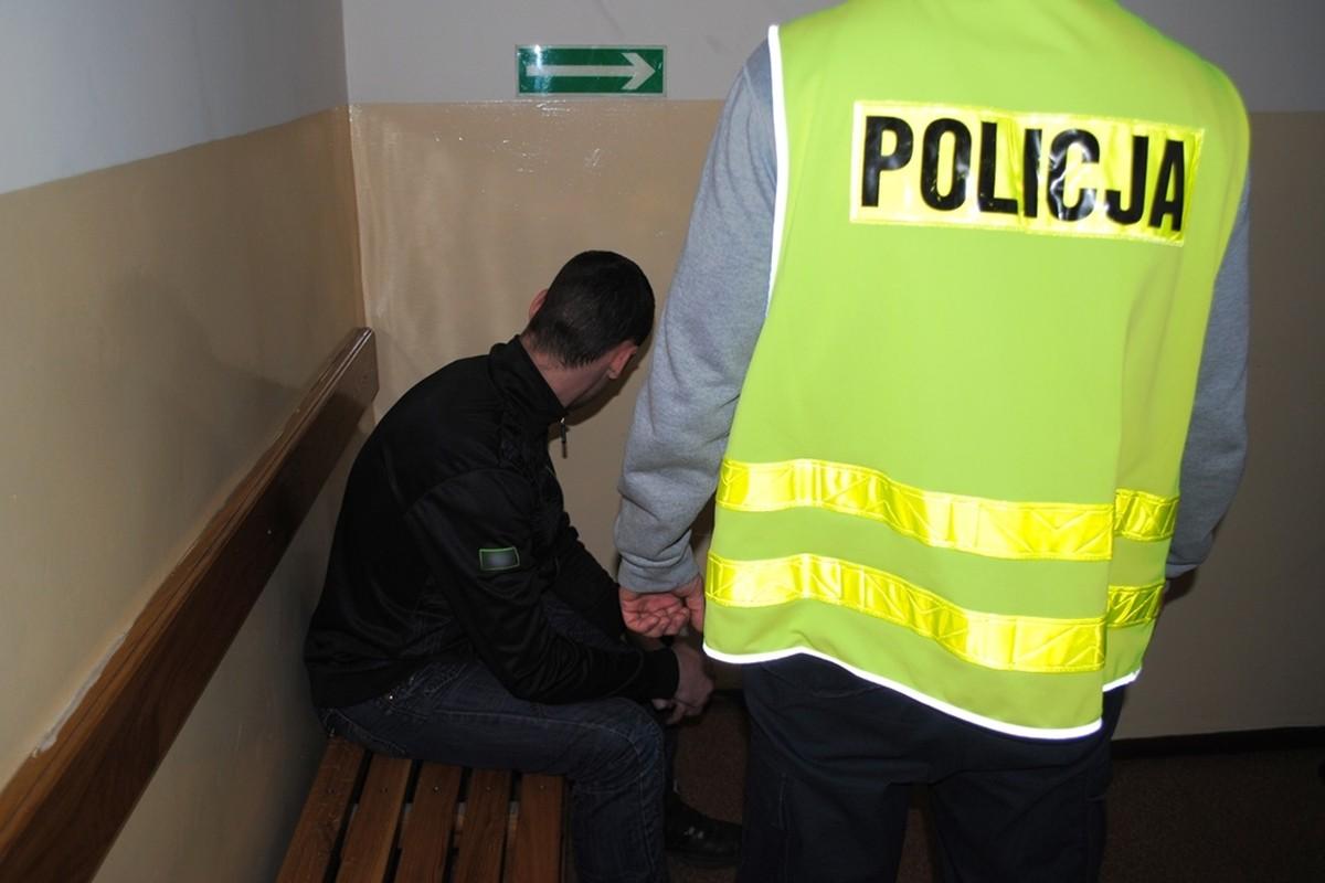 policja_swiecie_zatrzymany