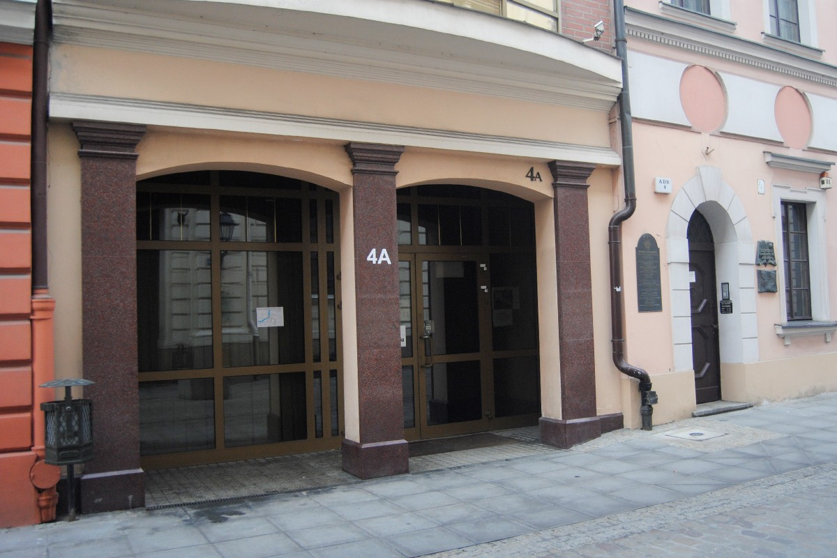 Ulica Jezuicka 4A - LG (3)