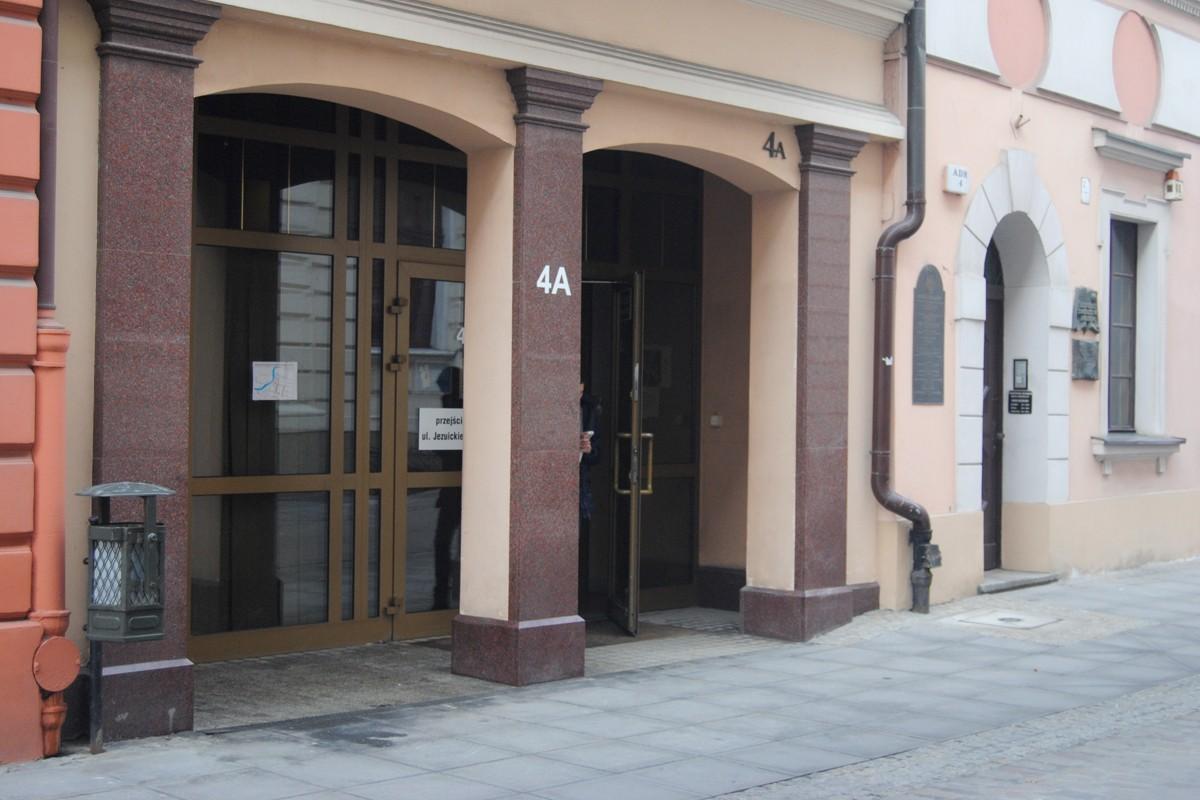 Ulica Jezuicka 4A - LG (4)