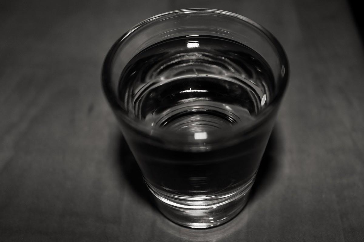 glass-683052_1280