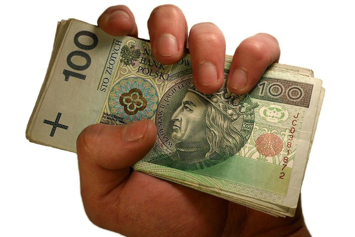 money-1207855_1280