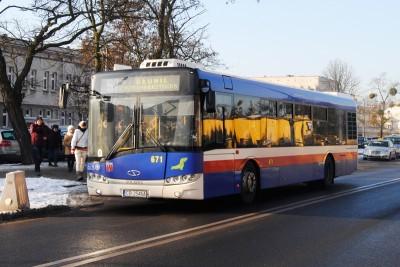 Autobus - linia 57, Błonie, ulica Powstańców Warszawy - LG