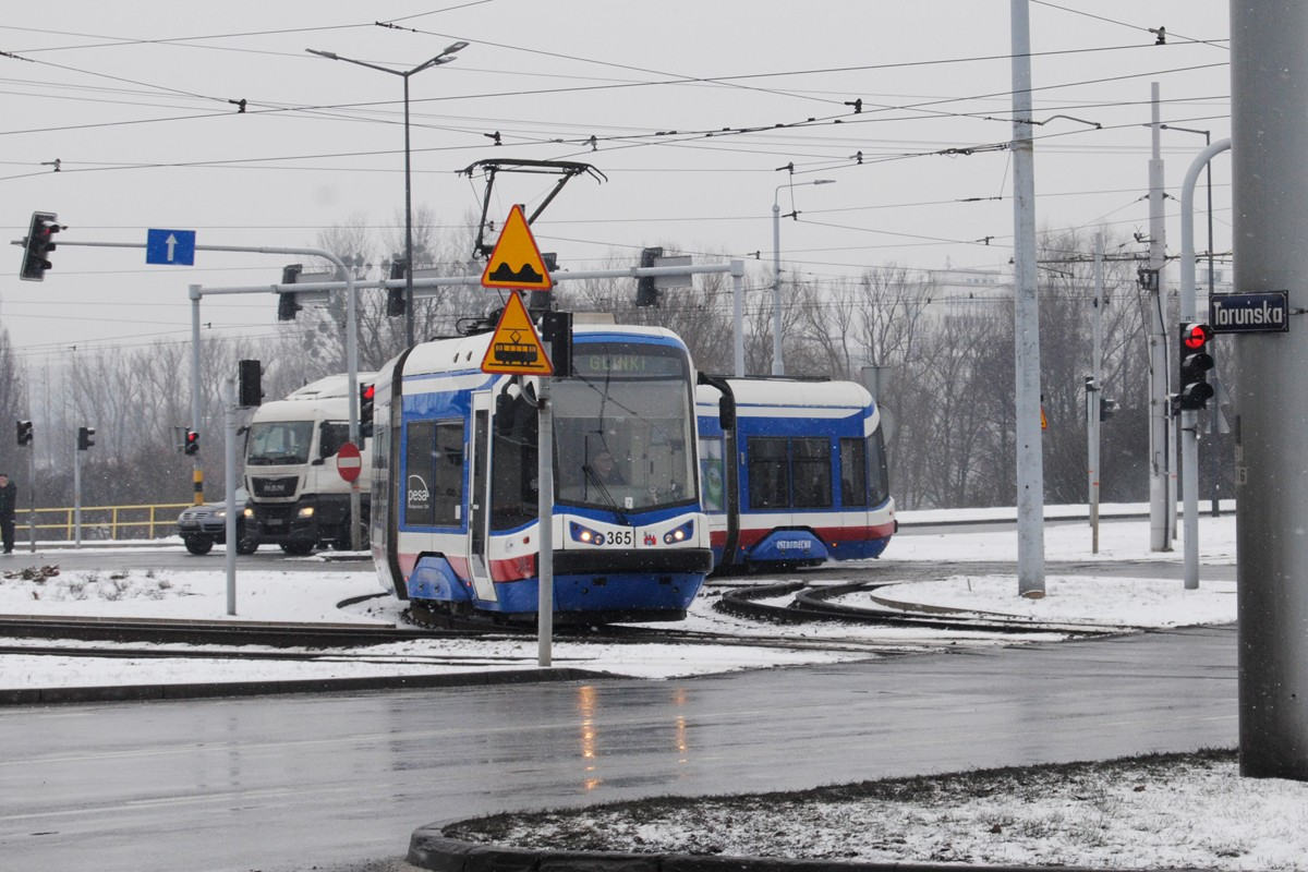Tramwaj PESA - linia 4, Glinki, Rondo Toruńskie - LG