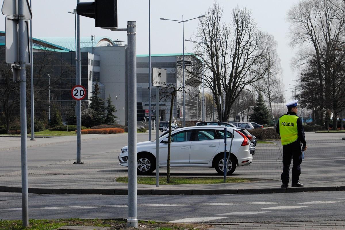 Alarm bombowy, Łuczniczka - LG (3)
