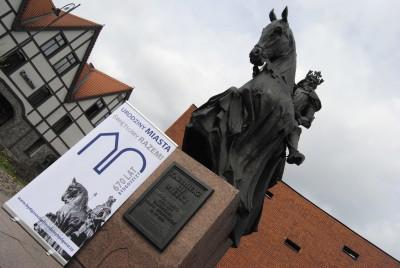 Urodziny miasta, pomnik Kazimierza Wielkiego - okładka - LG (5)
