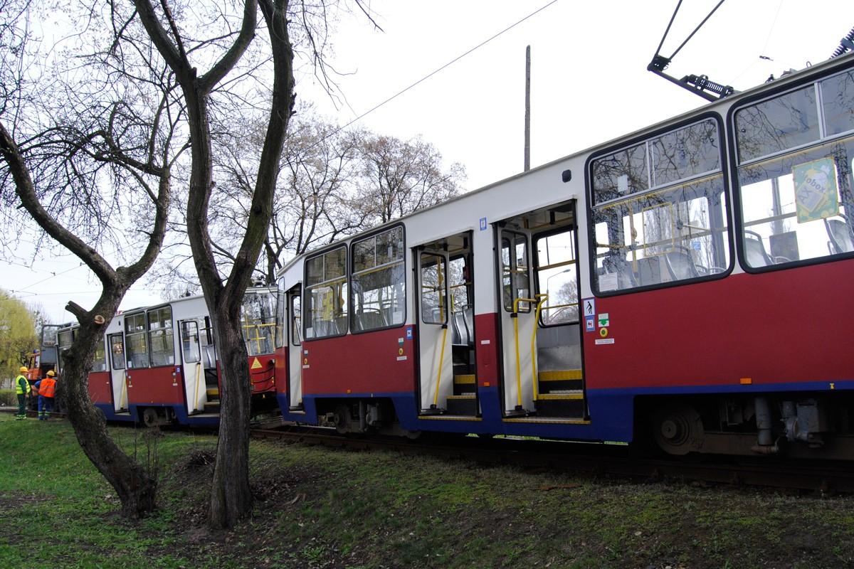 Wykolejony tramwaj, Babia Wieś - LG (2)