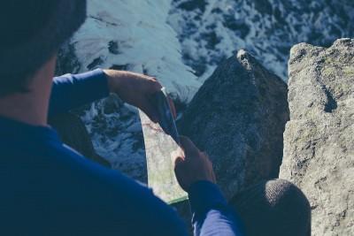 hiker-984098_1280