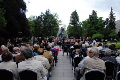 Odsłonięcie ławeczki prof. Zygmunta Mackiewicza - LG (4)