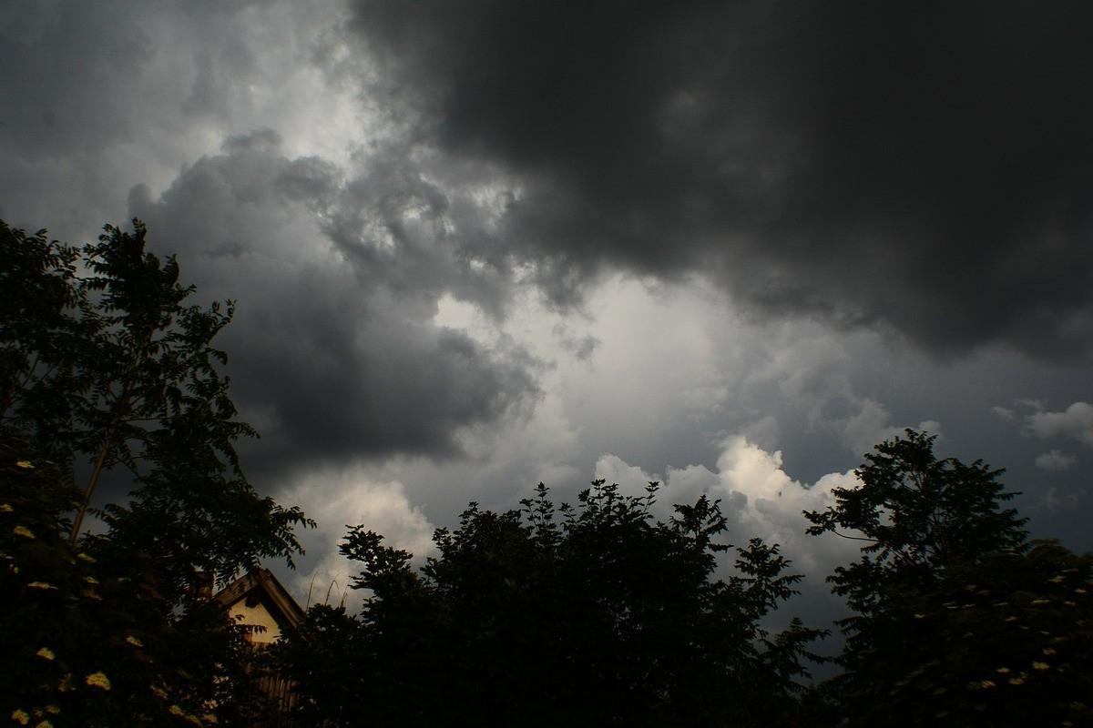 cloud-368111_1280