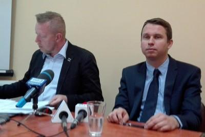 Krzysztof Bess, Adam Bułat