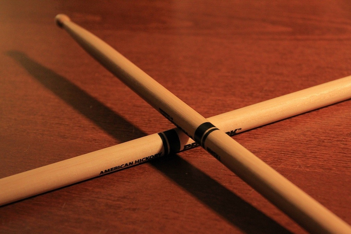 drum-sticks-933186_1280