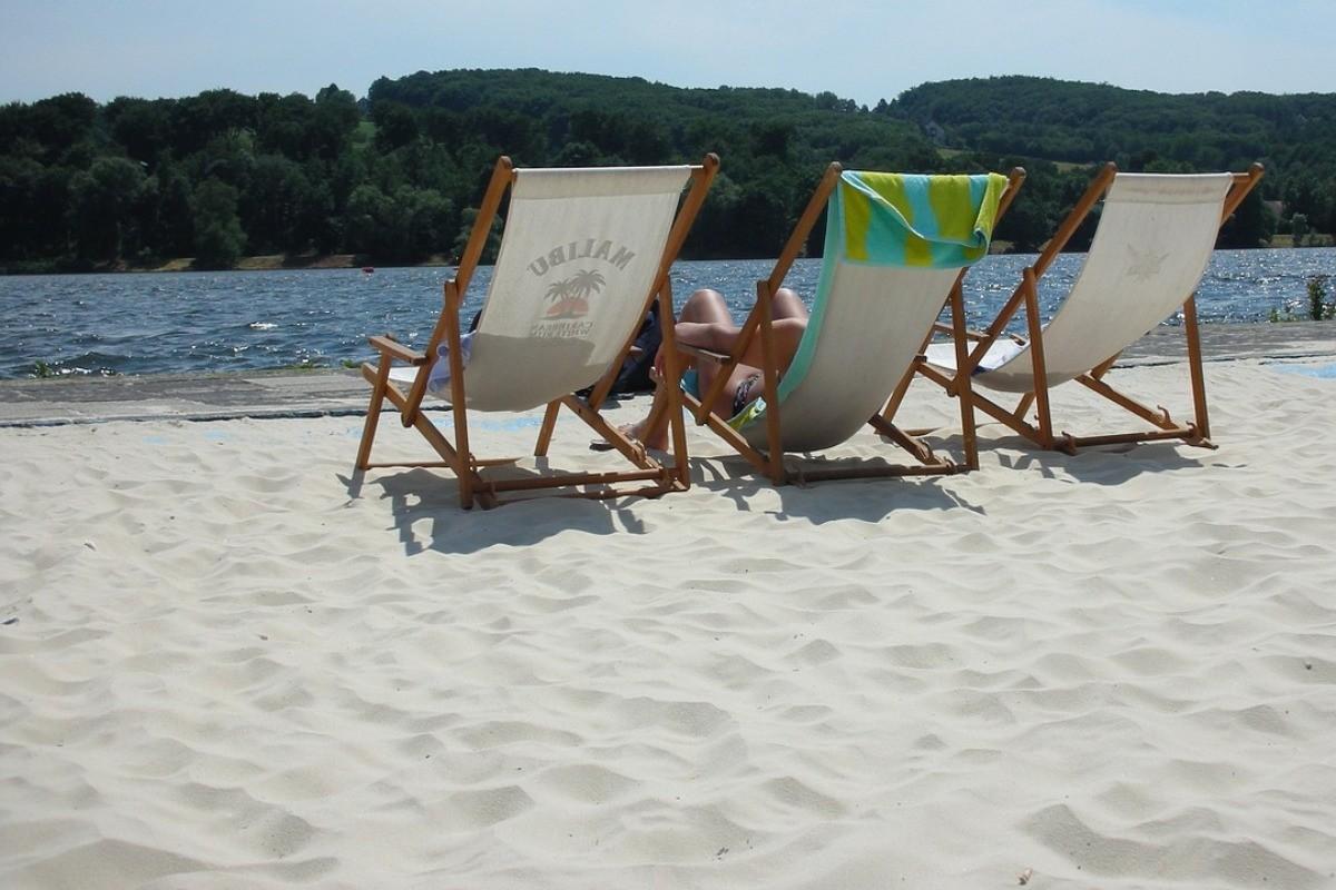 beach-1288175_1280