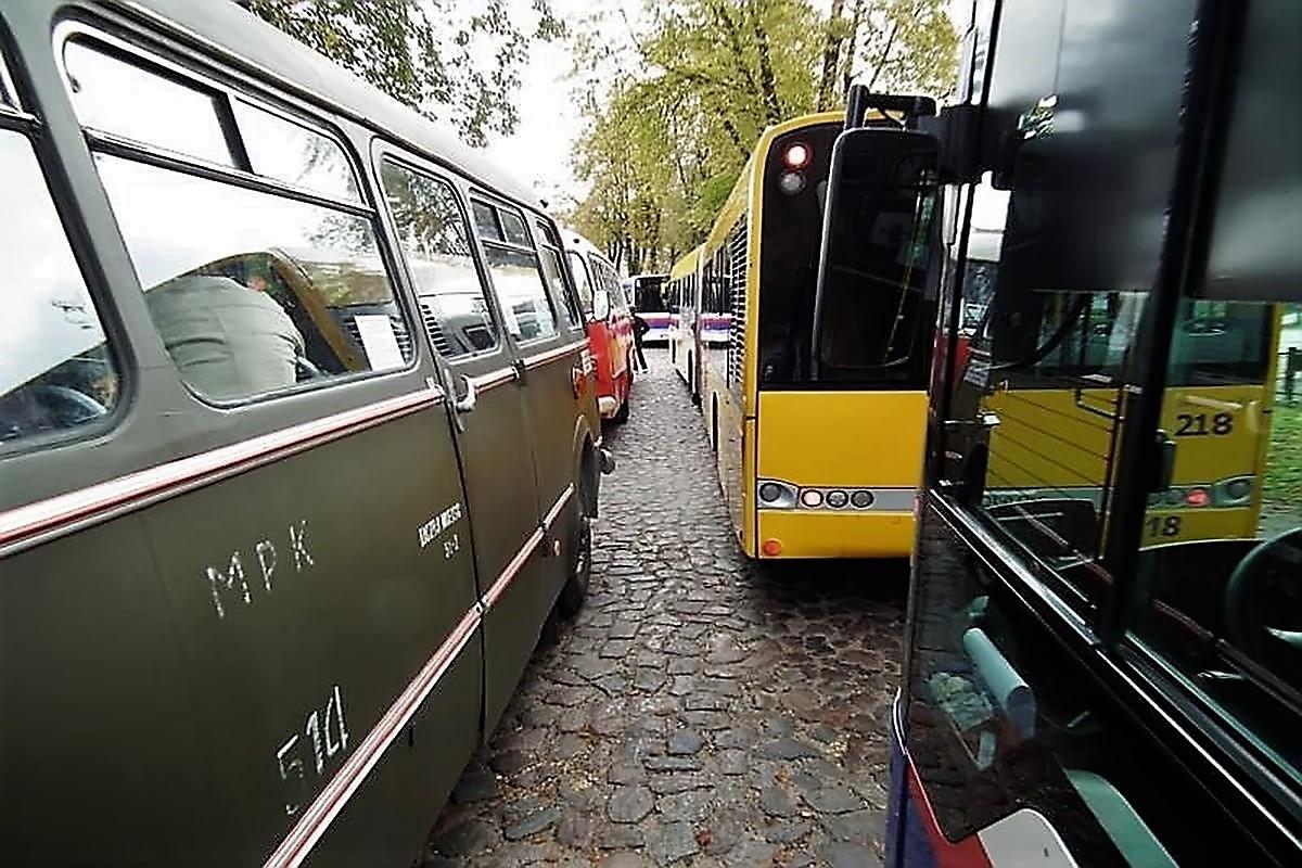 dawne autobusy