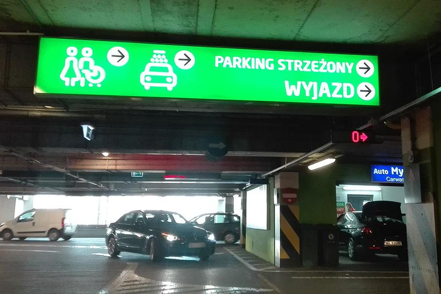 Focus Mall parking
