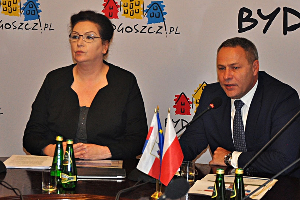 Anna Mackiewicz Rafał Bruski