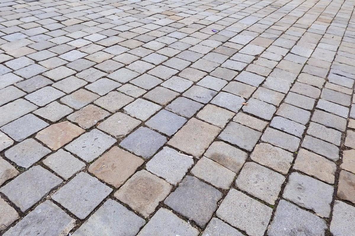 pavement-228088_1280