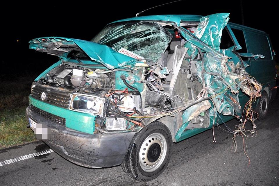 wypadek, ciągnik, vw - policja (2)