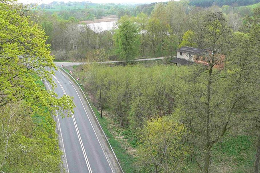 800px-Buszkowo_-_widok_z_mostu_fotGWW, wiki