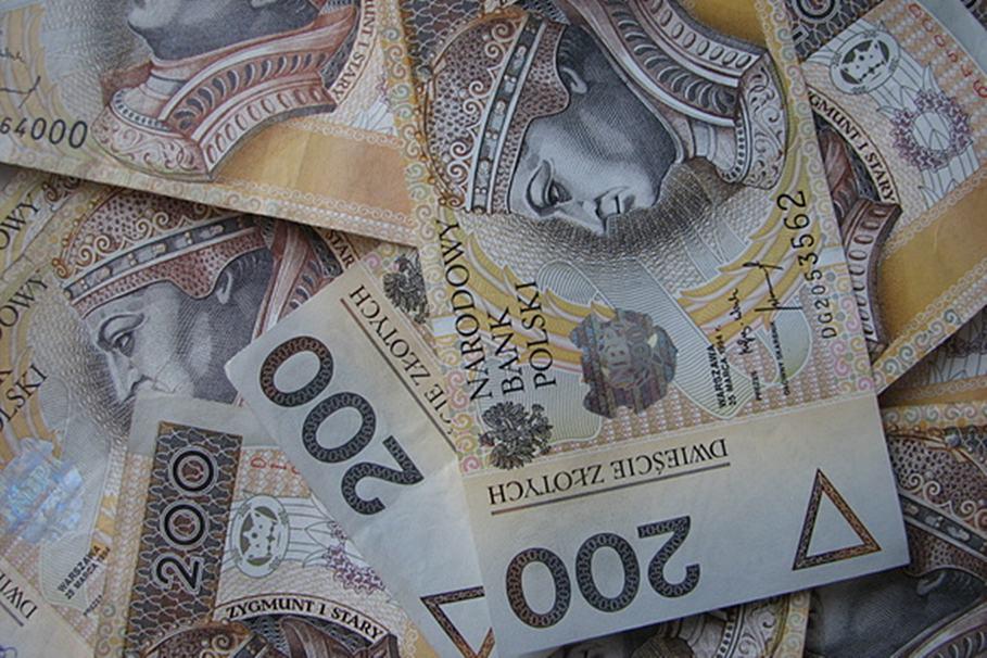 money-2-1240719