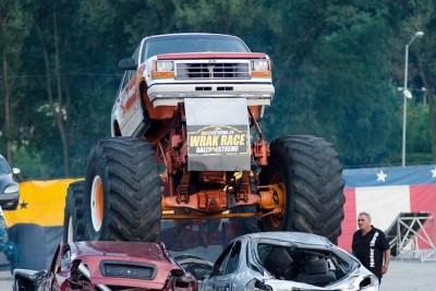 monster_truck_glowne