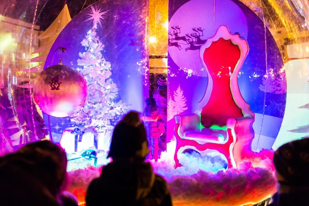 Kraina św. Mikołaja wyrośnie na Rynku fot 01 (Copy)