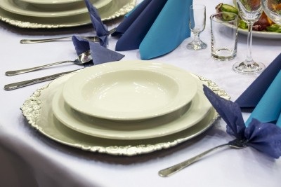 table-setting-1159423_1280