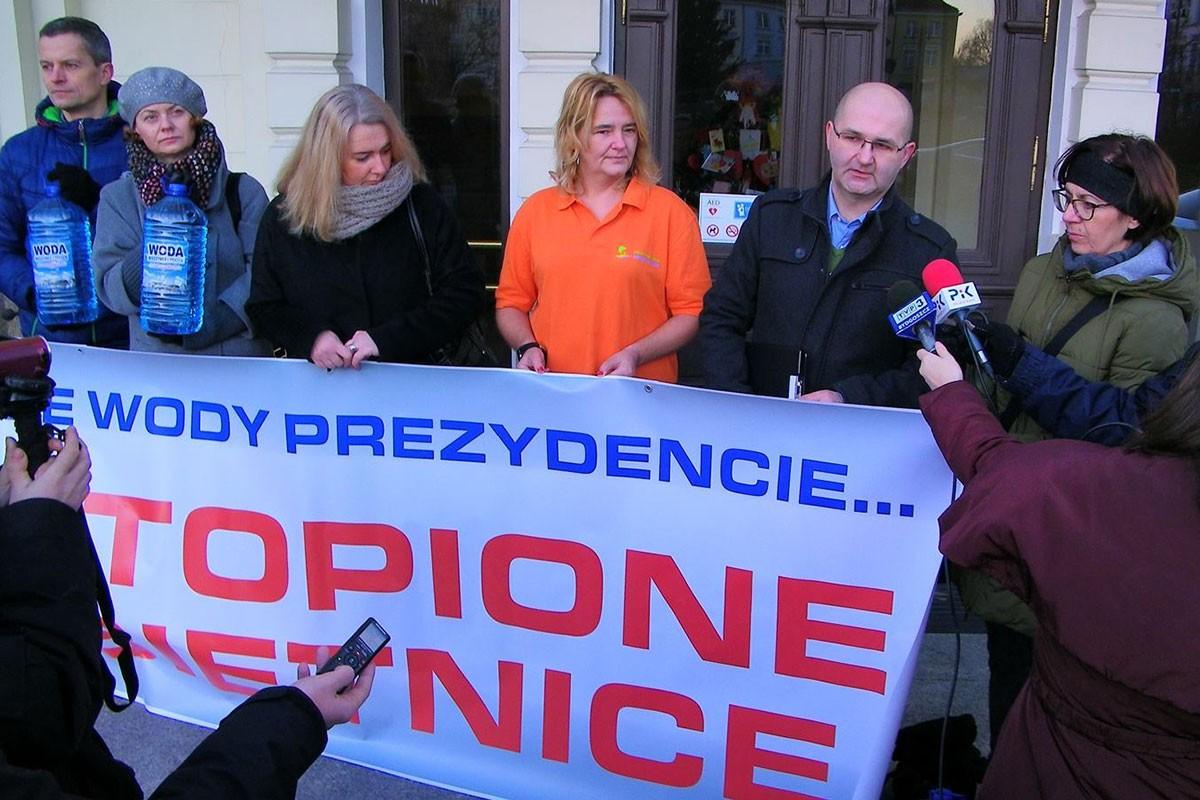 basen Miedzyń protest