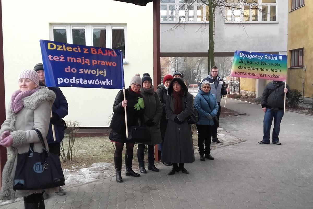 demonstracja_Bajka_szkoła_JW