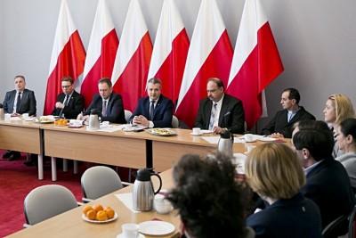 urząd wojewódzki, niepodległa 2018, Mikołaj Bogdanowicz_KPUW