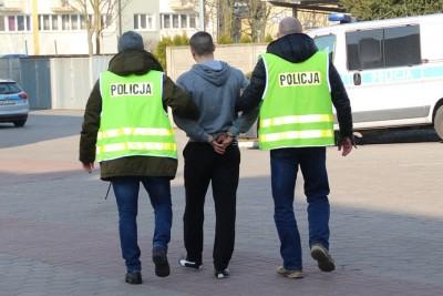 zatrzymany_wlamania_salony_naklo_KWP