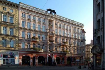 Bydgoszcz_Hotel_Pod_Orłem_wikipedia
