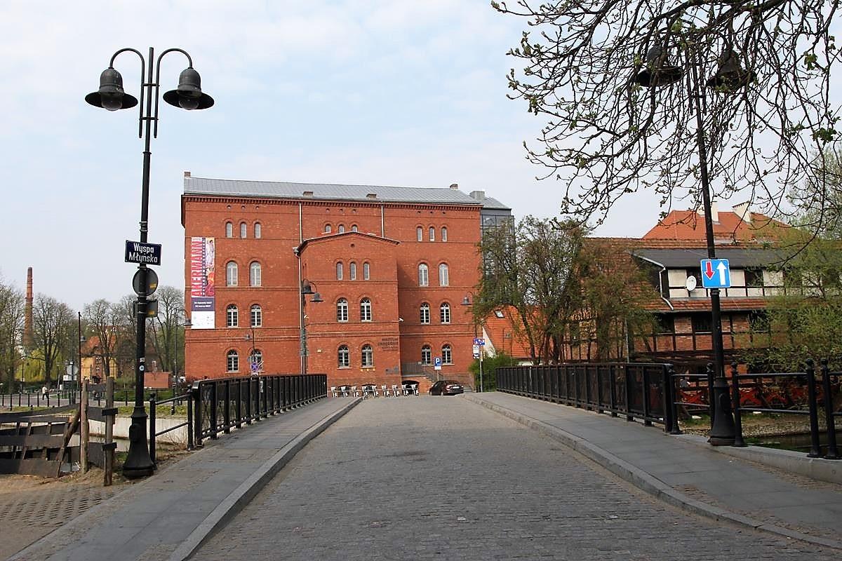 Bydgoszcz_Wyspa Młyńska_Mostowa_Stary Rynek_Opera Nova_Młyny Rothera_Focha_SG (22)