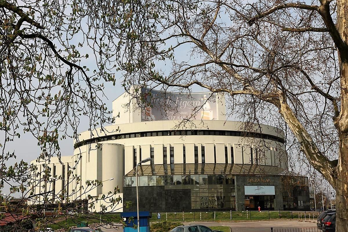 Bydgoszcz_Wyspa Młyńska_Mostowa_Stary Rynek_Opera Nova_Młyny Rothera_Focha_SG (47)