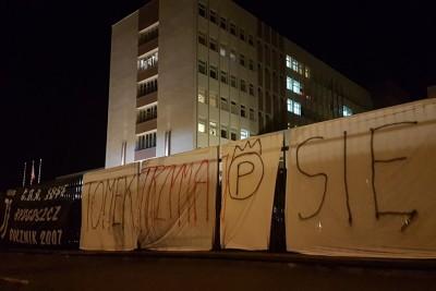 szpital wojskowy, gollob, transparenty - DG