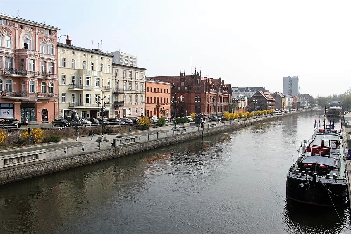 Bydgoszcz_Wyspa Młyńska_Mostowa_Stary Rynek_Opera Nova_Młyny Rothera_Focha_SG (37)