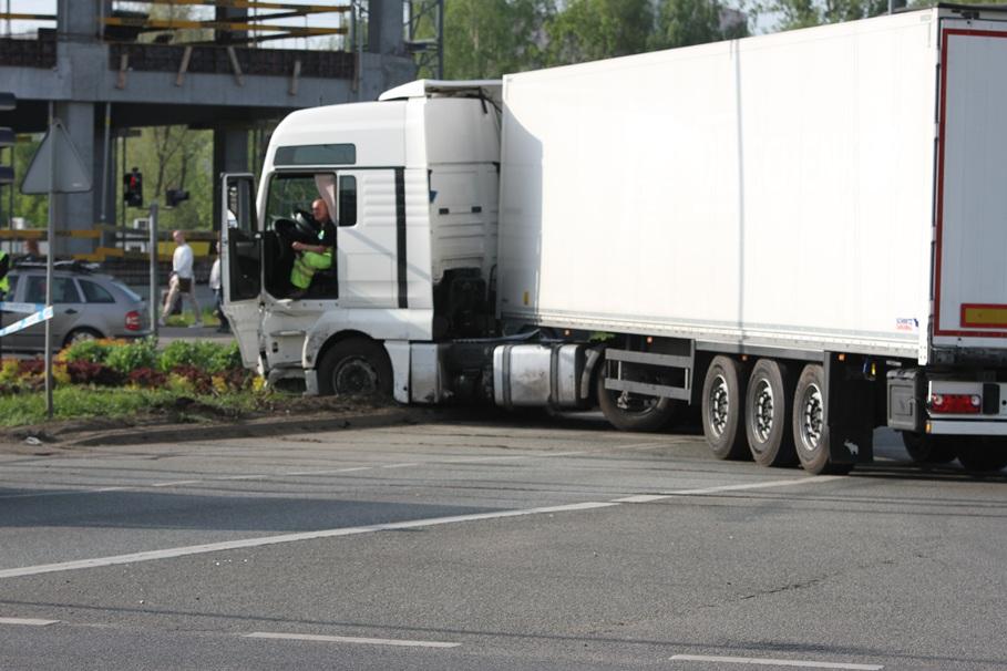 Wypadek tira na Rondzie Fordońskim_SG (8)