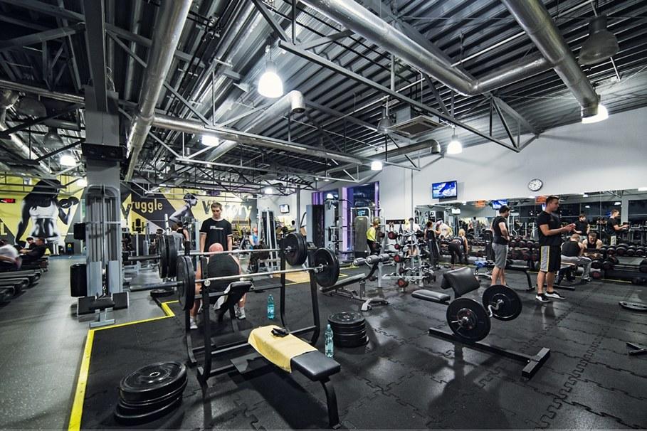 siłownia, sport factory_Karol Jaszcz
