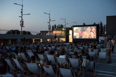 24.06.2016 Bydgoszcz . Zielone Arkady . Kino letnie .  Fot. Tymon Markowski