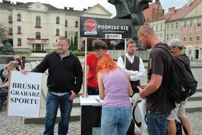 MW_Manifestacja-na-Starym-Rynku_SG-1